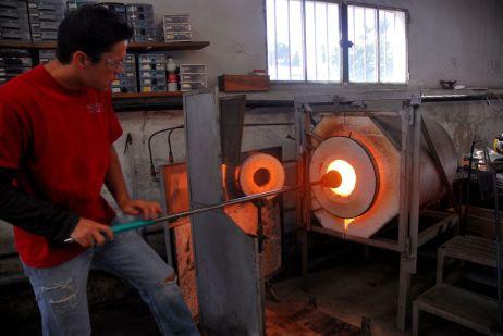 El taller de Antoni Pierini, en Biot, Francia.
