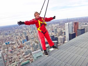 Edge Walk, CN Tower, Toronto, Canadá.