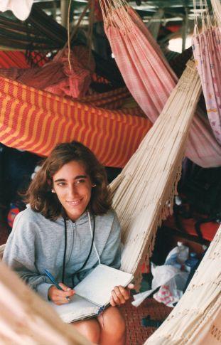Navegando por el río Amazonas rumbo a Manaus, Brasil. Febrero de 1993.