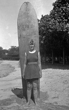 Agatha surf