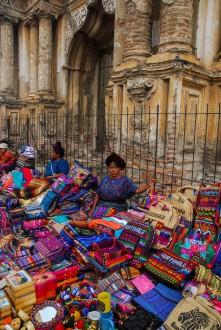 Artesanías en La Antigua Guatemala.