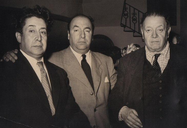 David Alfaro Siqueiros, Pablo Neruda y Diego Rivera en México.