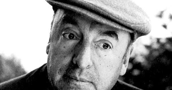 El escritor Pablo Neruda.