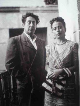 David Alfaro Siqueiros y su esposa Angélica Arenal.