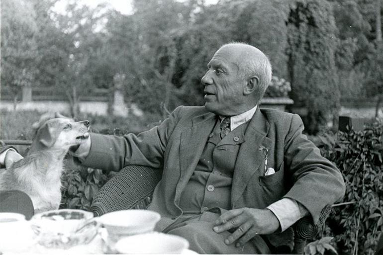 Pablo Picasso en Wilanów, Polonia, 1948.