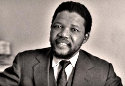 Nelson Mandela durante su viaje por África, en 1962.