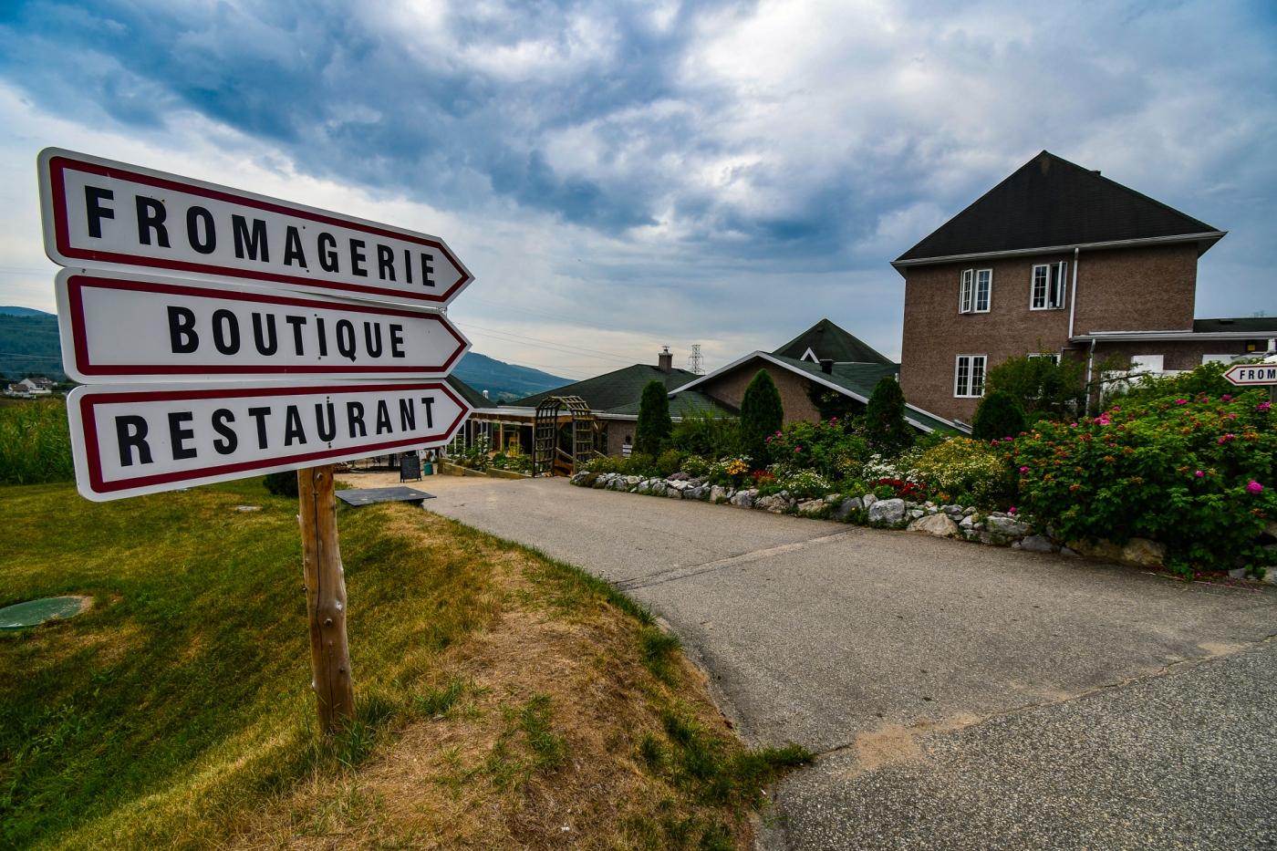 Quesería Famille Migneron y restaurante Faux Bergers, Baie-Saint-Paul, Charlevoix, Quebec, Canadá.