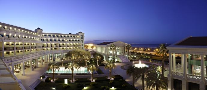 Las Arenas Balneario Resort, playa Malvarrosa, Valencia, España. Foto: Cortesía del hotel.