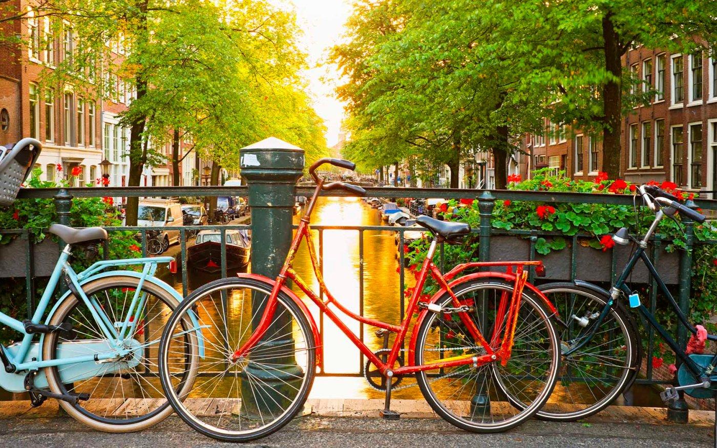 Bicicletas en Ámsterdam, Holanda.