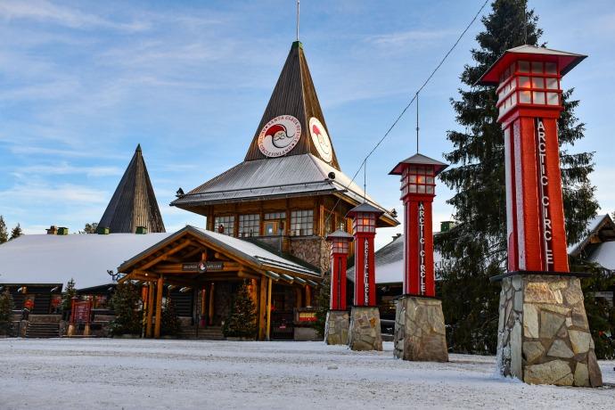 Aldea de Santa Claus en Rovaniemi, Finlandia.